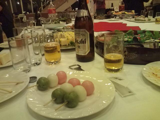 ビールと団子